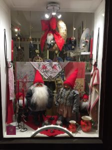 Tomte couple in display window